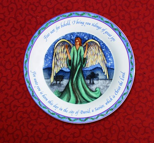 Angel of the Lord 5 Piece Place Setting